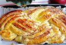 Fenomenalan recept: Prepleten kolač – najmekše testo punjeno džemom i orasima