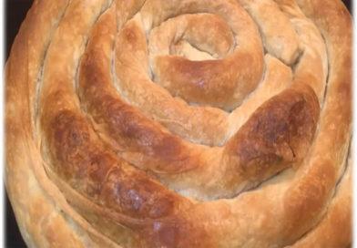 Domaća pita sa kupusom i slaninicom – Homemade rolled burek with sauerkraut and bacon
