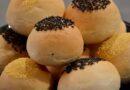 Najmekše posne zemičke ili pogačice sa susamom (Sesame topped slider buns)