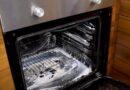 Očistite rernu uz pomoć 2 trika bez upotrebe hemije