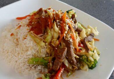 Ako želite super brz i zdrav ručak predlažem vam junjtina s povrćem na pari (Beef Stir Fry)