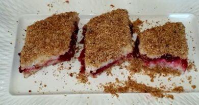 Lažni knedla kolač, neodoljiv i mekan, topi se u ustima