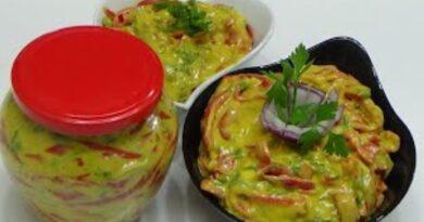 Najlepša jesenja-zimska salata! Pikantne paprike u senfu: Brza priprema i ukus koji osvaja!